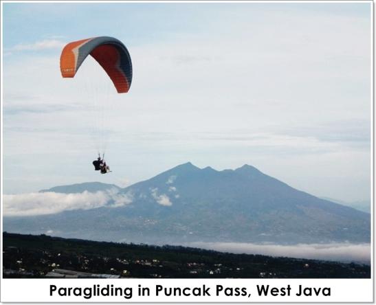 paragliding puncak