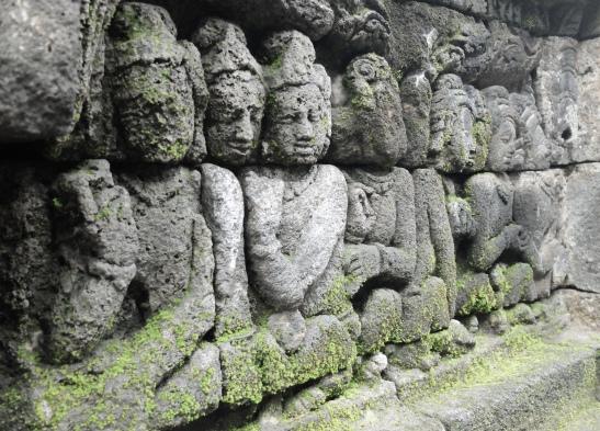 statues at borobudur temple edededan